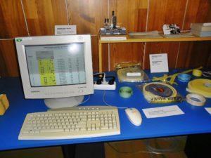 Dierna páska s emuláciou dierovania na obrazovke