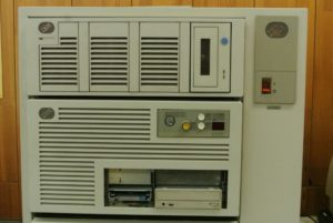 Počitač IBM RS/6000 Model 950